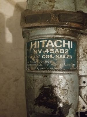 """Hitachi nv. 45AB2 1"""" 3/4 roofing coil nailer for Sale in Forest Heights, MD"""