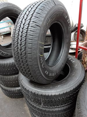 Photo Semi new tires set 245 70 17