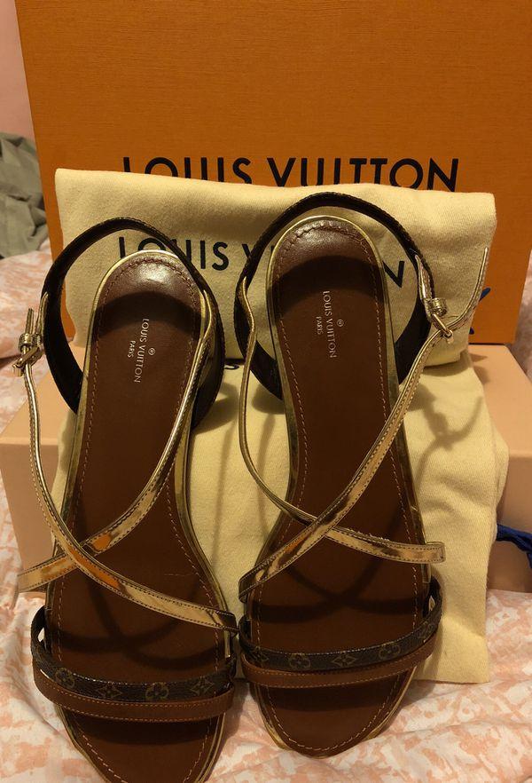 054b9628a0ef LOUIS VUITTON Landscape Sandal for Sale in Ewa Beach