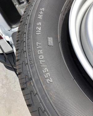"Photo 2020 Chevy Silverado OEM rims and tires 17"""