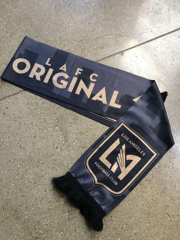 b64921099 LAFC original scarf