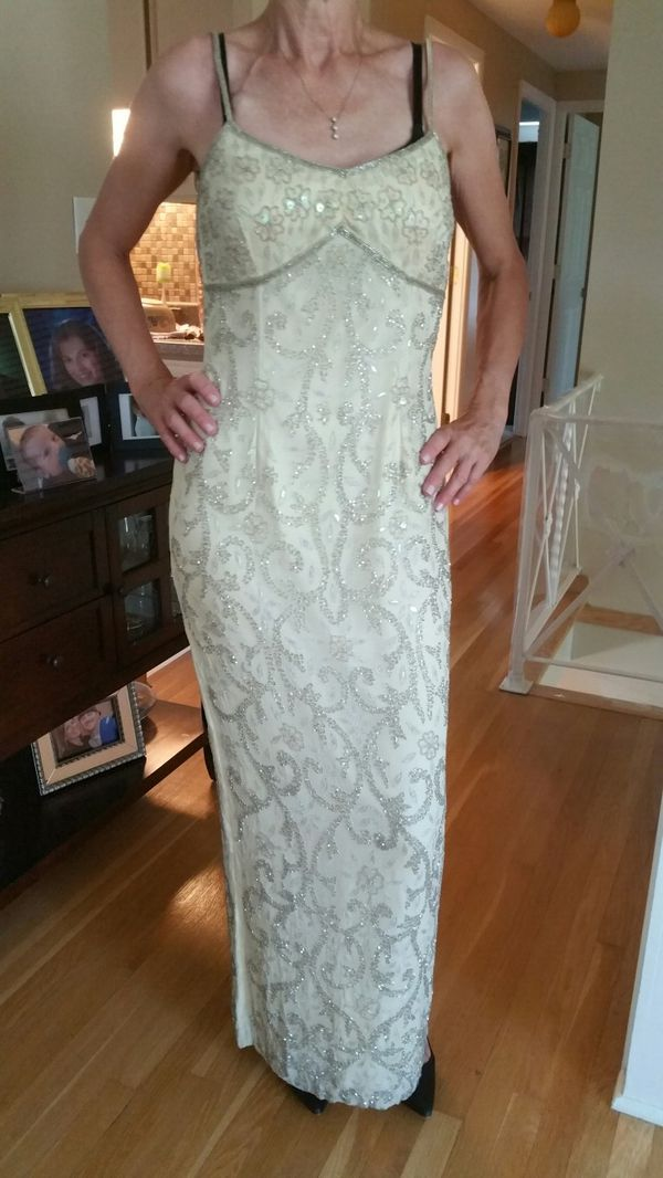 Butter Yellow & Silver Evening Gown for Sale in Buffalo, NY - OfferUp