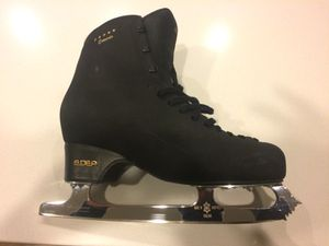 Ice skates Edea concerto 285 + MK Professional 9 3/4 for Sale in Salt Lake City, UT