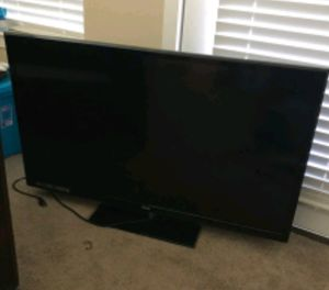 42 inches TV for Sale in Kissimmee, FL