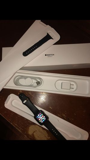 Apple Watch series 3 for Sale in Fort Washington, MD