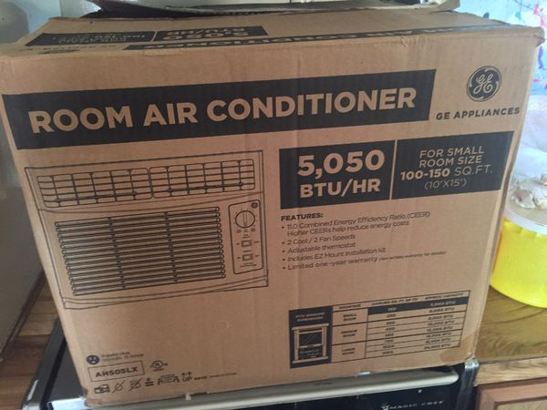 GE Appliances Room Air Conditioner 5,050 BTU only used for a month comes  with the Lowe's receipt the box and all the paper work  I'm moving out of