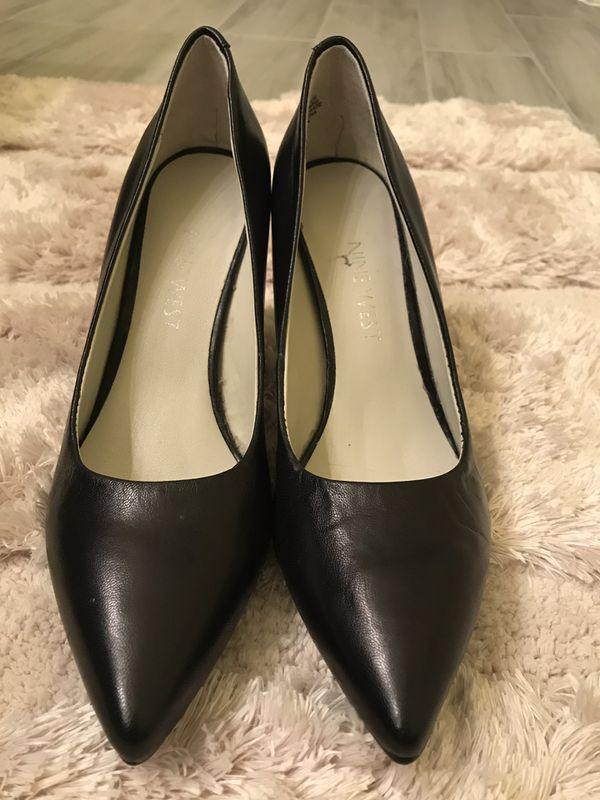 8d1eb3f5d8 Nine West 5 1/2M Black Heels for Sale in West Palm Beach, FL - OfferUp