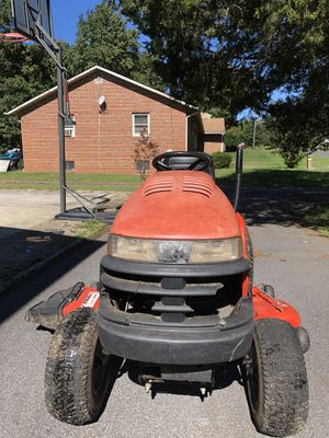 John deer riding lawn mower for Sale in Bowie, MD