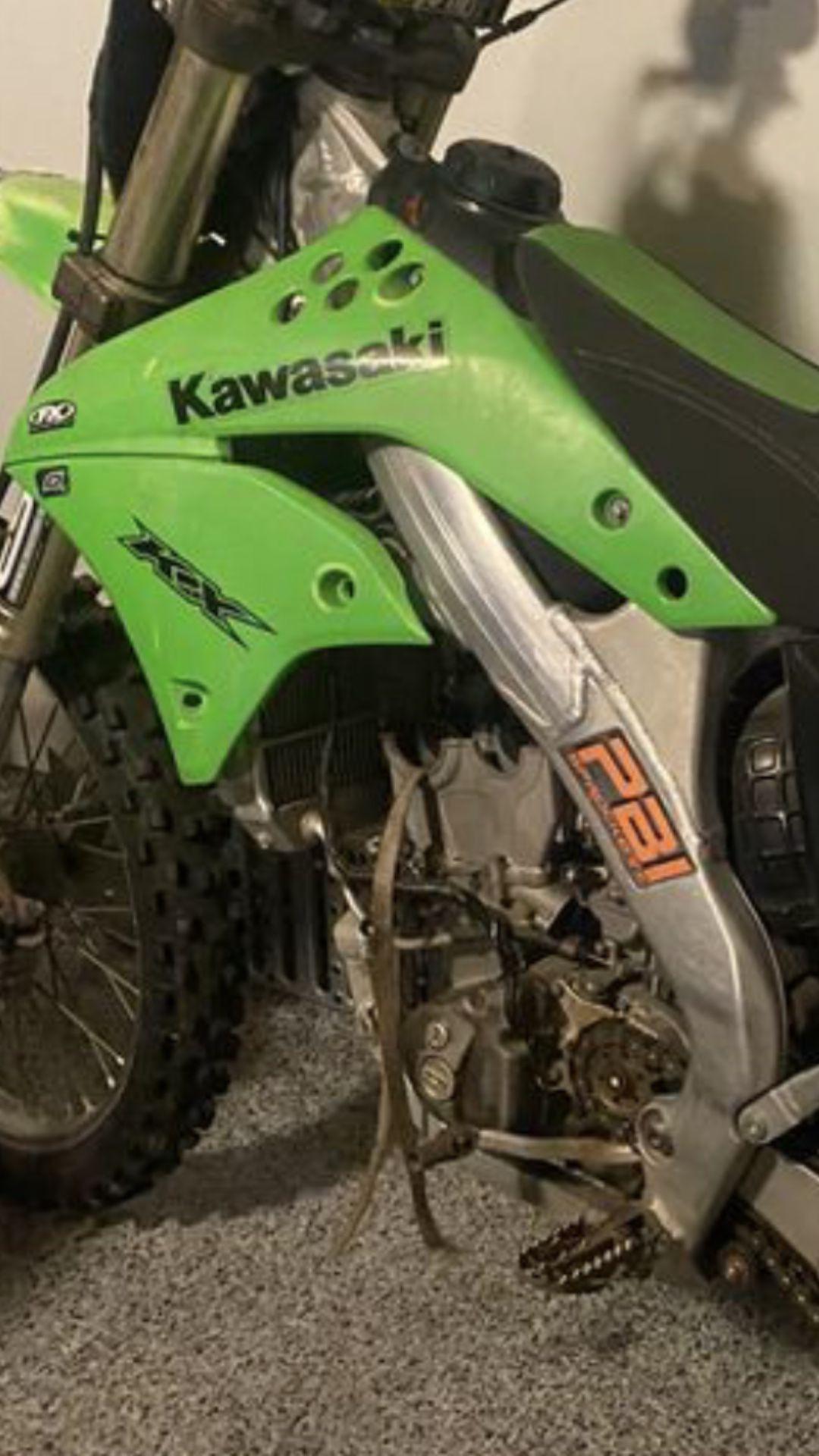 06 KAWASAKI KX250 F