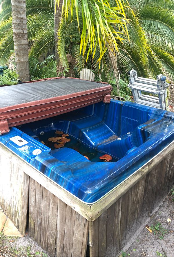 Jacuzzi for Sale in Port St. Lucie, FL - OfferUp