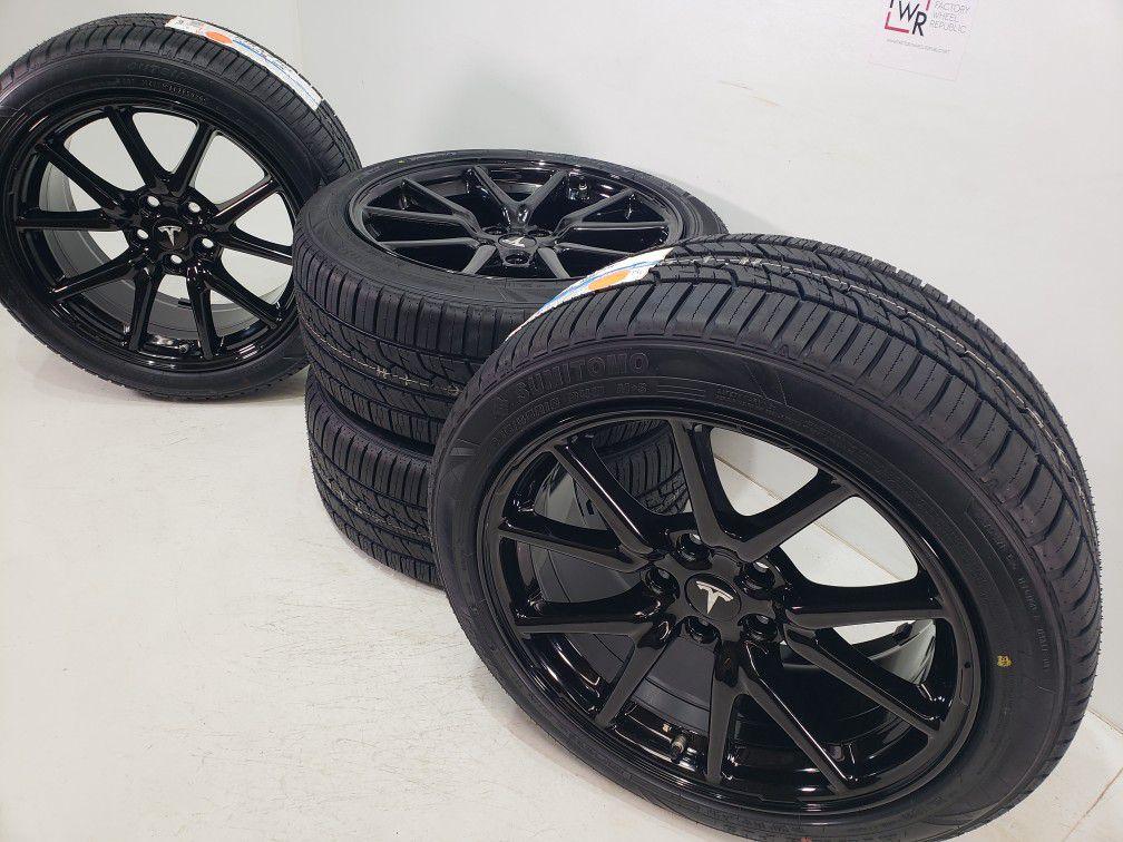"18"" Tesla Model 3 Gloss black new wheels and tires"