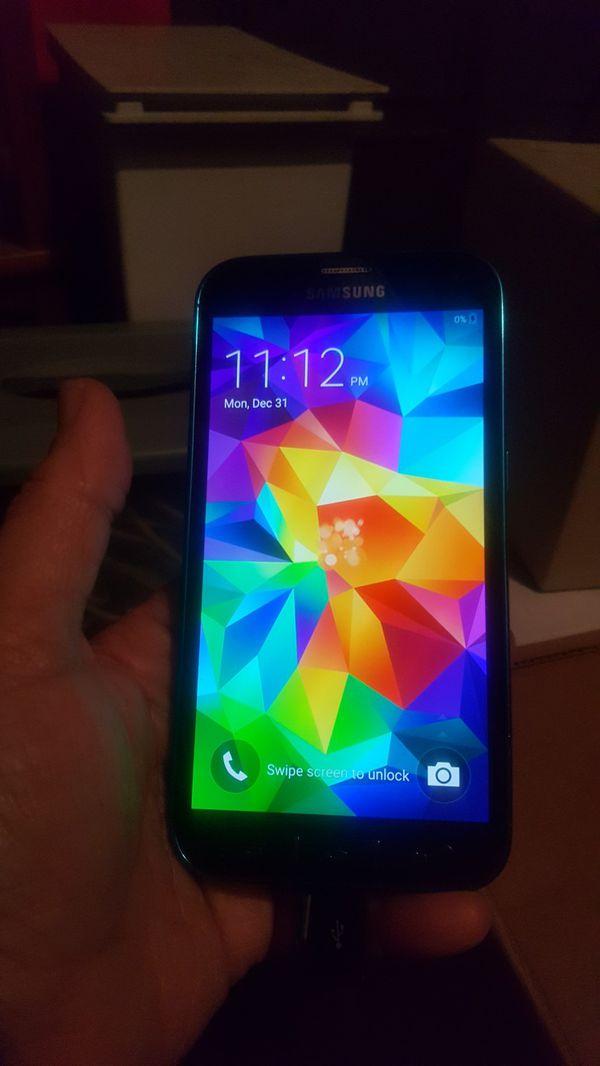 best service 7bb46 3512e SPRINT Samsung S5 sport waterproof phone for Sale in San Jose, CA - OfferUp