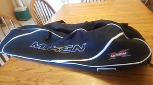 Miken softball bat bag for Sale in Salt Lake City, UT