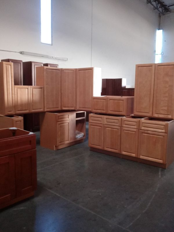 KITCHEN CABINETS for Sale in Rialto, CA - OfferUp