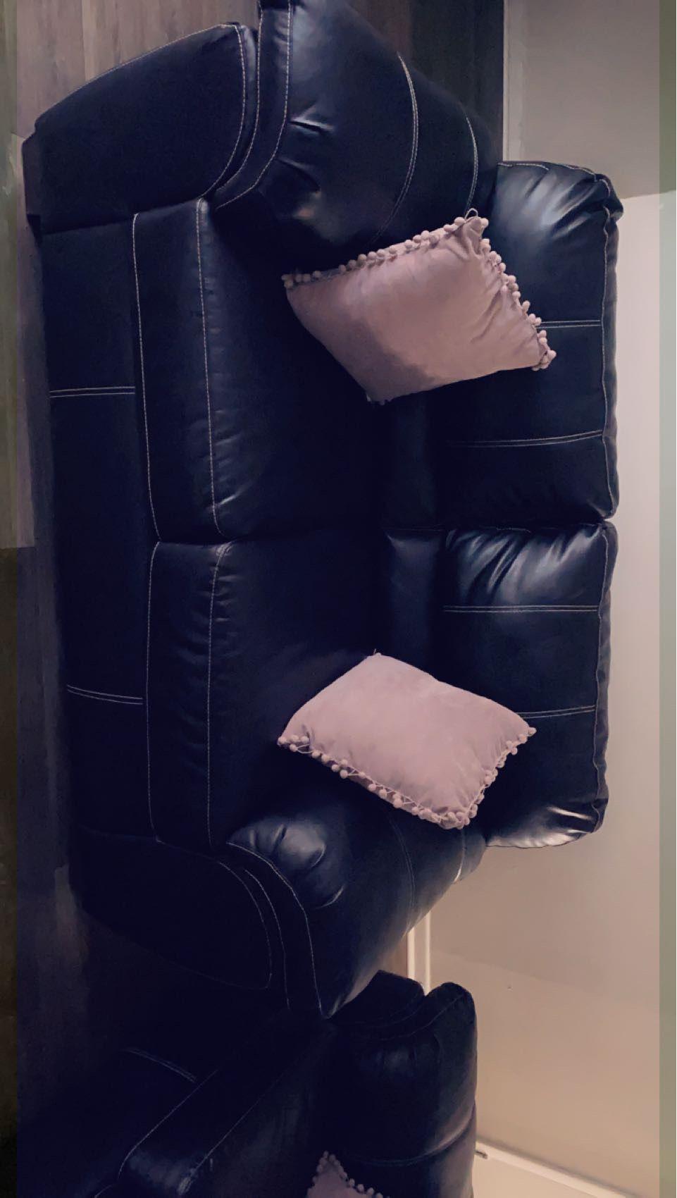 Couch & Loveseat (LikeNew)