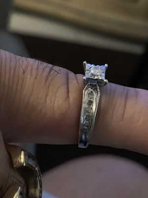 Woman's diamonds ring size 7 stainless silver 925 for Sale in Winter Park, FL