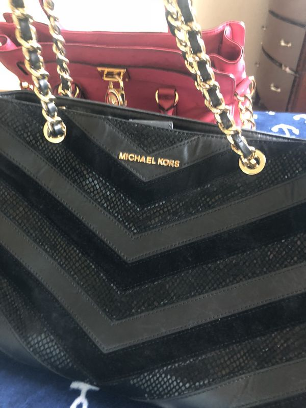 f1dc81eb6dfa All black and gold used MK bag for Sale in South San Francisco