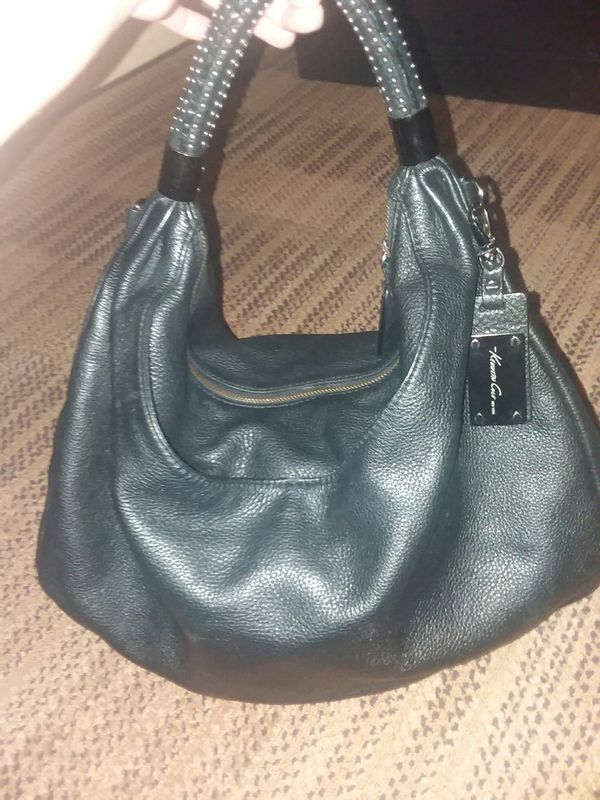 ae44e8e8fb KENNETH COLE no slouch hobo bag for Sale in Palm Springs
