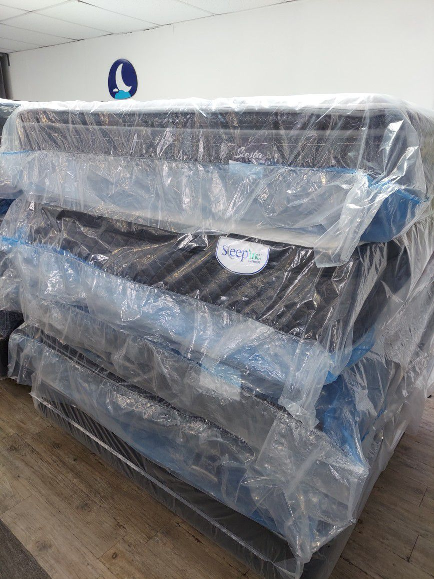Liquidation mattresses