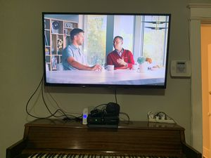 """55 """" inch HD tv. Free wall mount. SANYO. high definition flat screen television for Sale in Washington, DC"""