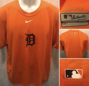 Detroit Tigers Nike Dri-Fit MLB Size Medium Shirt for Sale in Detroit, MI