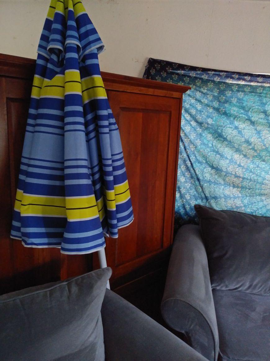 Table or beach umbrella