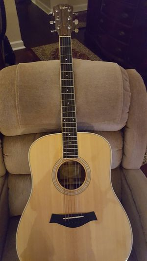 Taylor Acoustic Guitar for Sale in Maitland, FL