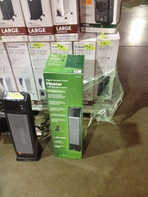 Hunter digital ceramic tower heater designer series for Sale in Phoenix, AZ