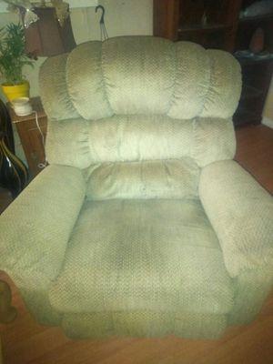 Lazy Boy recliner$130 for Sale in Phoenix, AZ