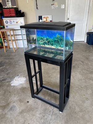 Photo 10 gallon fish tank aquarium, with stand
