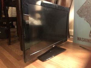 ~30-inch TV for Sale in Washington, DC
