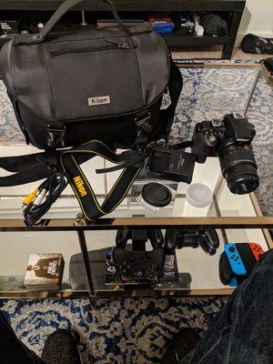 Nikon D3300 VR Bundle + Case for Sale in Seattle, WA