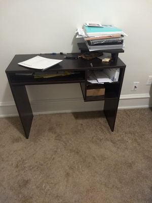 Wooden desk for Sale in Pittsburgh, PA