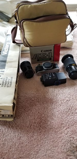 Canon AE-1 PROGRAM for Sale in Cuyahoga Falls, OH