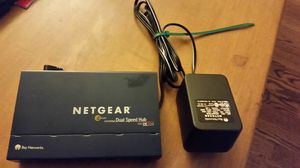 Netgear DS 104, 4-port 10/100 dual speed hub for Sale in Portland, OR