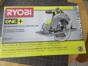 Photo Ryobi One+ 18V BRUSHLESS 7-1/4 Circular Saw W/Blade (P508) Condition is New in sealed box