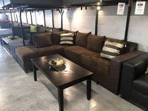 Chocolate Sectional Sofa for Sale in Hialeah, FL