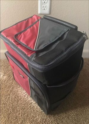 Small SUBZERO Cooler - PICK UP ONLY for Sale in Los Angeles, CA
