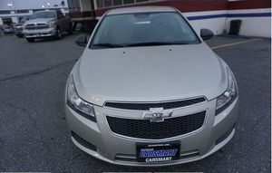 2013 Chevy Cruze LS for Sale in Hillcrest Heights, MD