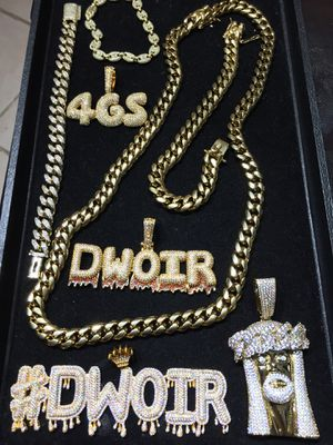 14KT Gold Filled Cuban Chain and a matching Bracelet!! Best Top Quality!! All sizes available!! We Do Custom work!! for Sale in Detroit, MI