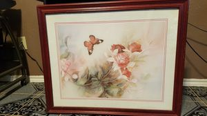 Home interior - flowers & butterfly for Sale in Ferris, TX