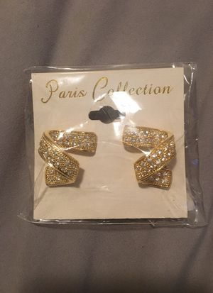 Brand new earring for Sale in Chicago, IL