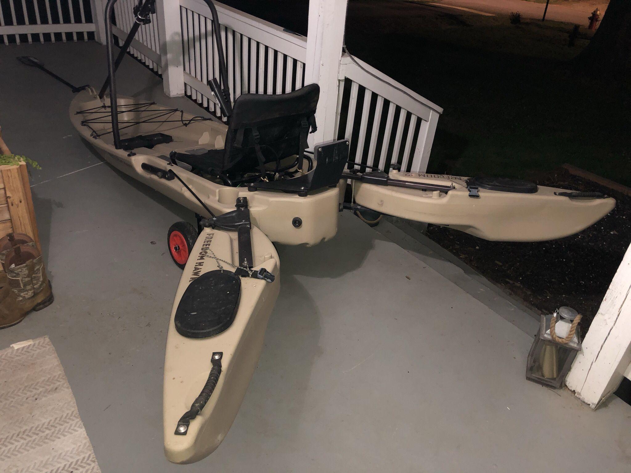 Photo Freedom Hawk 12 Standup Fishing Kayak