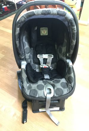 Peg Pérego car seat with base for Sale in Gaithersburg, MD