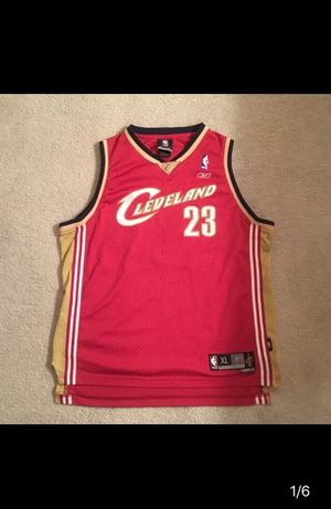 Cleveland Cavaliers Lebron James jersey for Sale in Frederick, MD