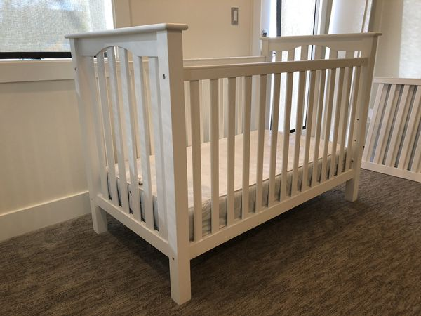 Pottery Barn Kids Kendall Convertible Crib With Mattress And Toddler Rail
