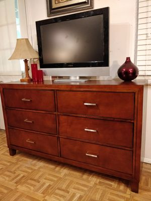 """Nice dresser/TV stand in very good condition, all drawers sliding smoothly. L57.5""""*W16.5""""*H34.5"""" for Sale in Annandale, VA"""
