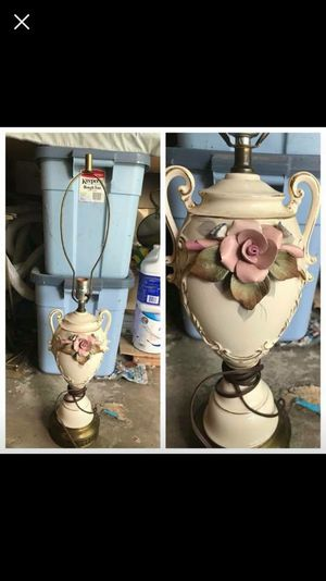 Antique lamp for Sale in Center Valley, PA
