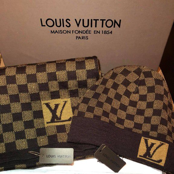 f6fb368c5685f NIB Authentic Louis Vuitton hat and scarf for Sale in Brooklyn