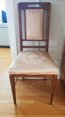 539 Sheridan road Evanston 60202 Queen size cherry wood bed frame. Top quality futon mattress. 2 wood side tables. Round antique table. 400$ Armoir Thumbnail